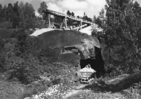 Kuvausaika 1951-07-31 Valokuvaaja(t) Stigzelius, Herman Tekijänoikeudet Herman Stigzelius, Geologian tutkimuskeskus